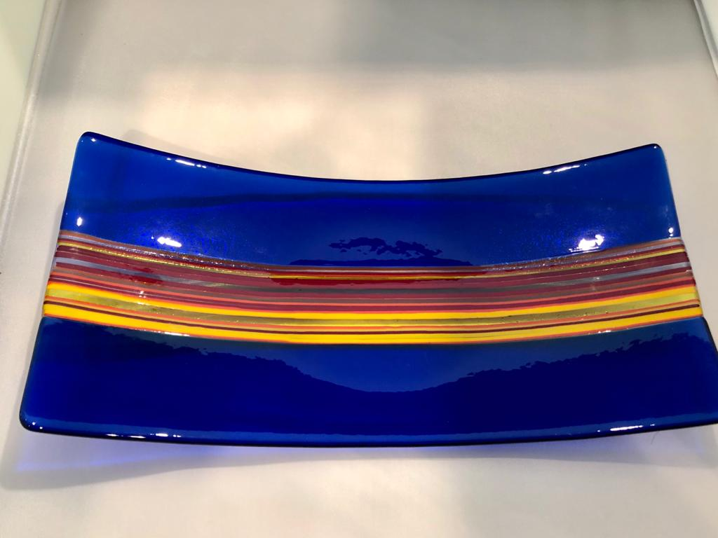 Rectangle with yellow stripe platter